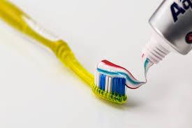 【この差って何ですか】歯周病になりやすい人!話題の「毒だしうがい」で歯周病予防