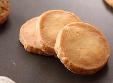 栗原はるみさんのほろほろホワイトクッキーの作り方・レシピ動画。【栗原家の定番お菓子】