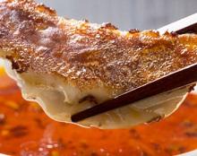 【ソレダメ】ワンパン円盤餃子の作り方!フライパンひとつで簡単にできる!