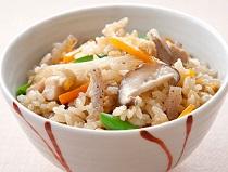 【ソレダメ】さつまいもとあさりの炊き込みご飯の作り方!美容にも良い絶品レシピ