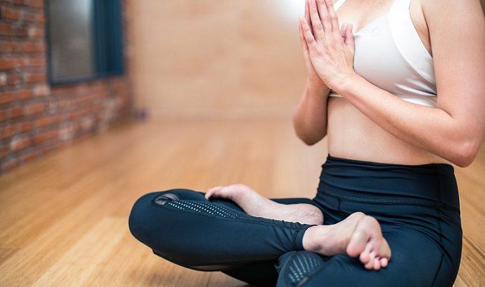 【ソレダメ】ゆる体操のやり方!腰痛改善に効く!