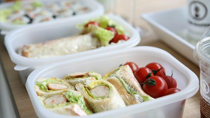 【ヒルナンデス】最新お弁当グッズ!蓋が保冷剤の弁当箱や抗菌シート、おにぎりホイルなど!食中毒予防に