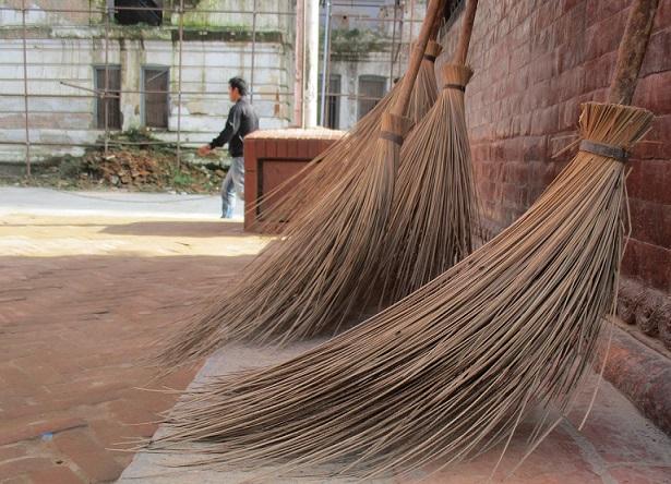 【スッキリ】ロックオン錫村おすすめの掃除グッズ!エアコンブラシやクリーナーなど