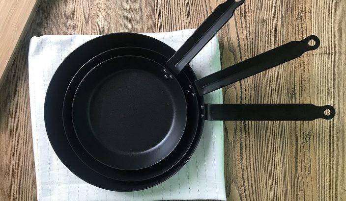 【ソレダメ】ワンパン料理のレシピ!フライパンひとつで円盤餃子・カレー・パスタの作り方