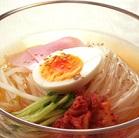 【ヒルナンデス】しらたきで和風冷麺の作り方!火を使わない!佐久間シェフのそうめん&冷麺アレンジレシピ