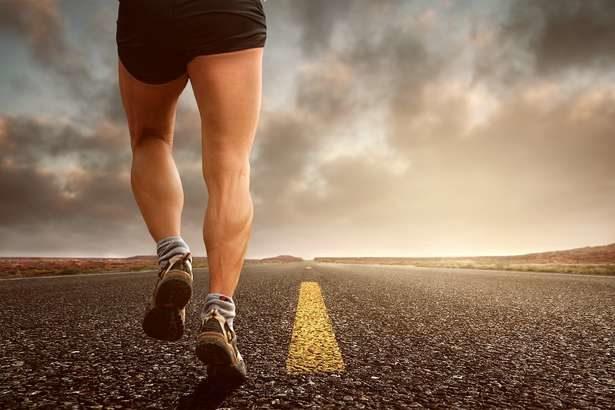 【林先生の初耳学】10秒ダッシュで空腹感を消すダイエット!間食予防で1か月で-3.7キロ!ガンバレルーヤが挑戦-