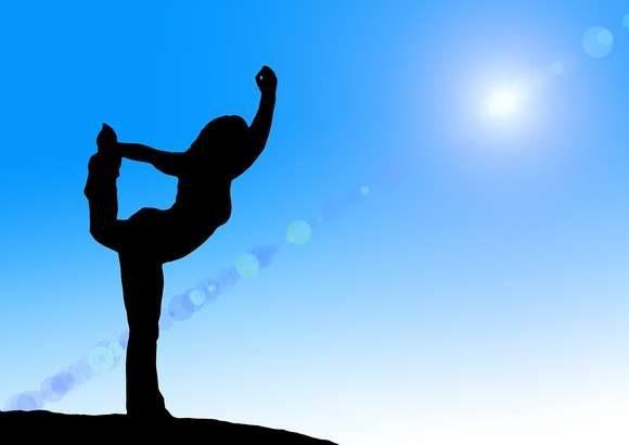 【林先生が驚く初耳学】ガムをかむとダイエット効果がアップ!脳が活性化して筋肉の活動量が増える!-
