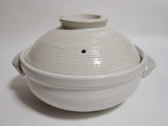 【ノンストップ】鮭のごま豆乳鍋の作り方!クラシルの人気レシピ