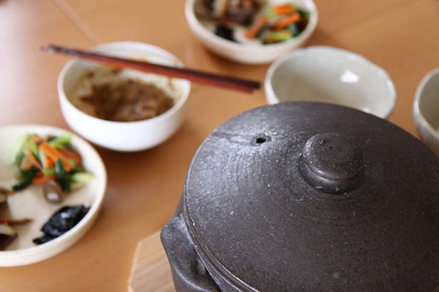 ごごなま 鶏手羽のこってりパイタン鍋