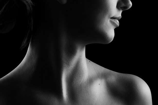 【助けて!きわめびと】老け顔解消トレーニング!顔の下半分を鍛えるエクササイズでほうれい線・あごのたるみ・首のしわを改善!