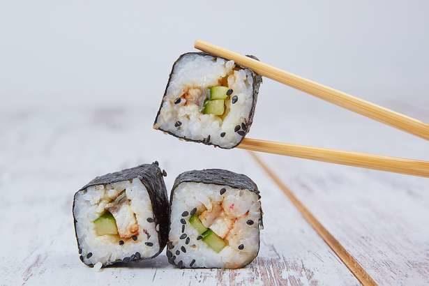 【ヒルナンデス】キンパ(木金レシピ)の作り方。お弁当を華やかに!小林まさみさんの残り物レシピ(6月27日)
