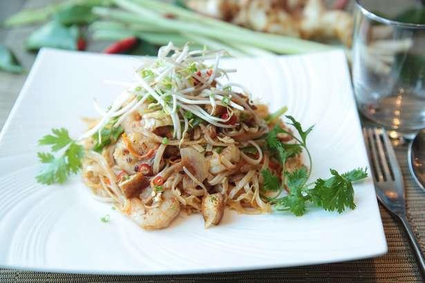 ゆうこりん「パッタイ」のレシピ!スッキリで紹介された小倉優子さんの本格タイ料理(2月12日)