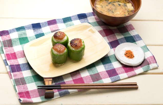 【メレンゲの気持ち】ミートボールでピーマンの肉詰めのレシピ。イシイのミートボールアレンジ(5月11日)