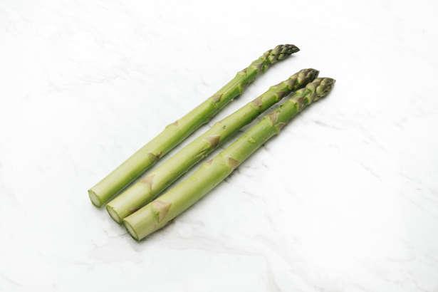 【ヒルナンデス】サラダチキンとアスパラのスープの作り方!おかずになるスープ、有賀薫さんのレシピ(2月19日)