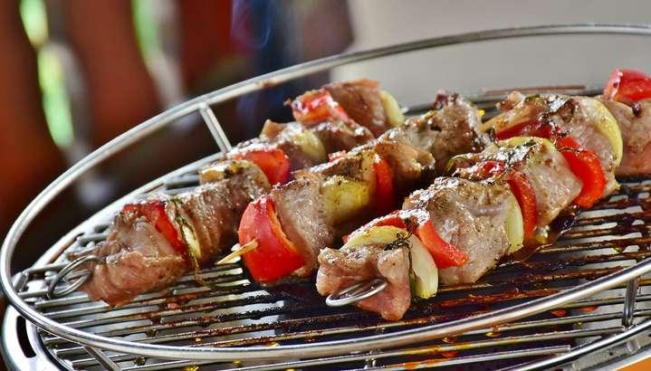 【教えてもらう前と後】フライパン丸ごとハンバーグの作り方!自宅で作れるキャンプ飯レシピ(3月12日)-