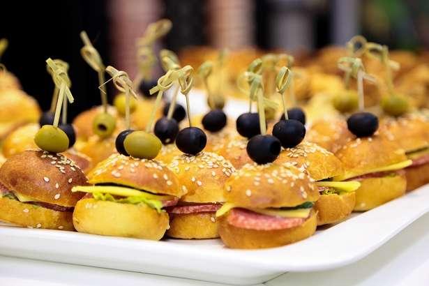 【男子ごはん】広末涼子さんのプチバーガーの作り方!ホットケーキミックスで簡単!ひなまつりレシピ(3月3日)-