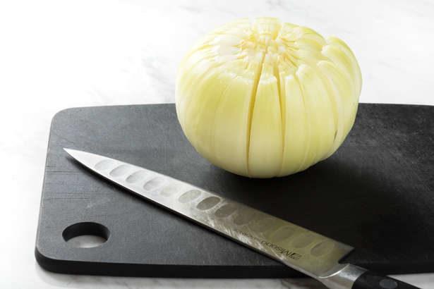 【ノンストップ】丸ごと新たまねぎとトマトの炊き込みごはんの作り方。クラシルで人気の新玉レシピ(4月10日)