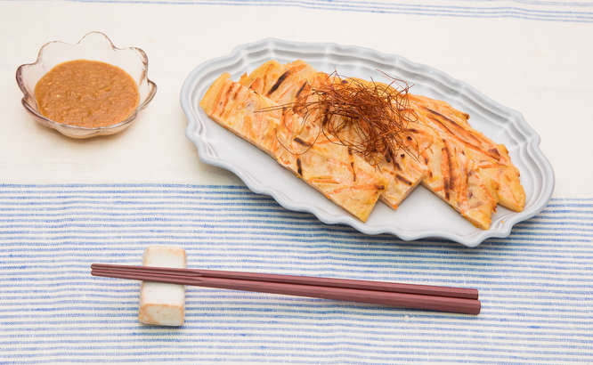 【所JAPAN】チヂミ風焼きそばの作り方。リュウジさんのやきそばアレンジレシピ(2月10日)