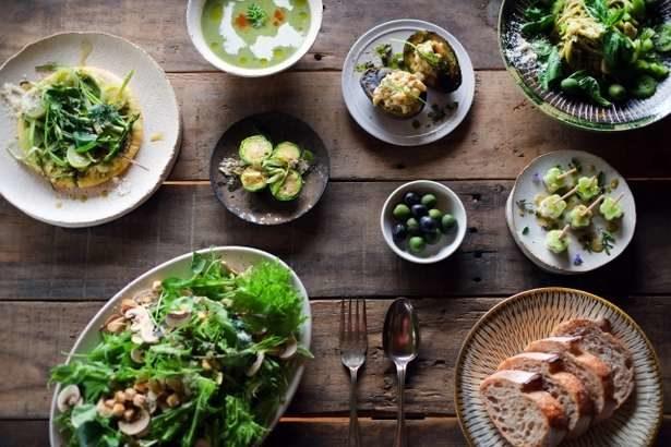 【にじいろジーン】一流シェフのフレンチレシピ3品。焼きナスの野菜クリームソース、さつまいもと豚肉のヨーグルトソース、ライスサラダ(10月5日)