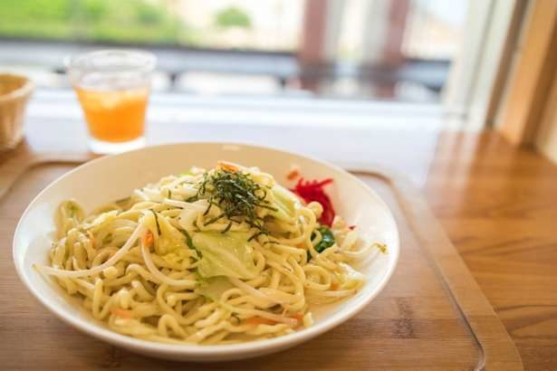 【男子ごはん】塩レモン焼きそばの作り方。絶品キャンプ料理のレシピ(6月30日)