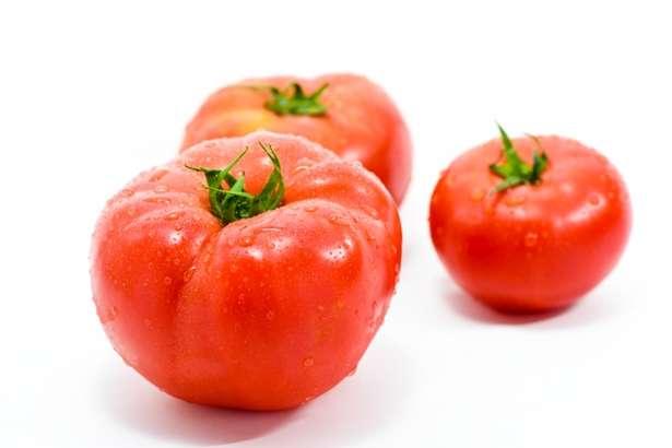 にじいろジーントマト味噌鍋