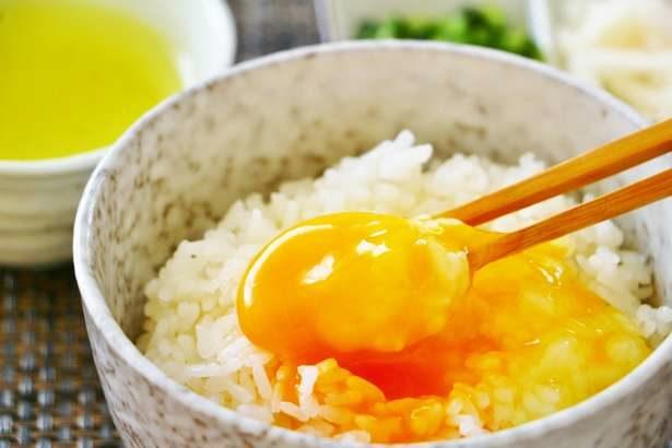 【家事ヤロウ】丸ごとカマンベール丼の作り方。ネットで話題の卵かけご飯!背徳グルメレシピ(11月20日)