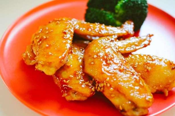 鶏手羽先の黒酢照り焼き