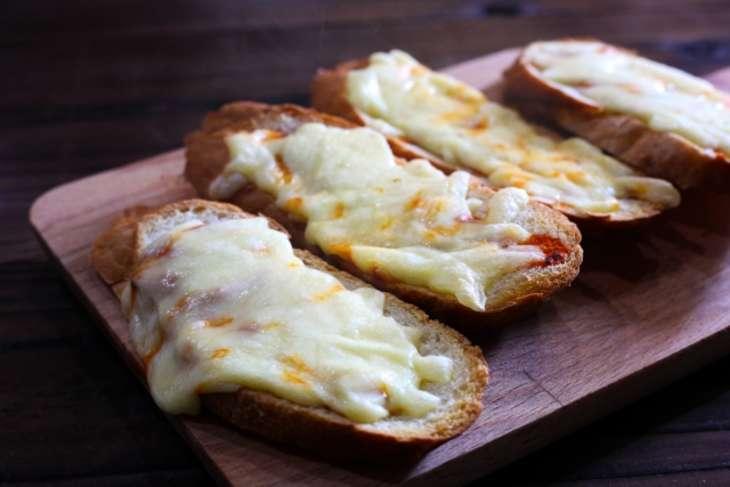 教えてもらう前と後チーズトースト