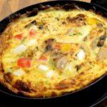 【所JAPAN】リュウジさんのオムレツパスタの作り方。ミートソーススパゲティで!冷凍麺即興アレンジレシピ(11月18日)