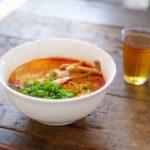 【所JAPAN】リュウジさんのサバ缶ラーメンの作り方。鶏と魚介のWスープ!冷凍麺即興アレンジレシピ(11月18日)