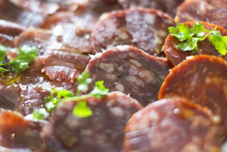 あさイチドライフルーツのサラミ