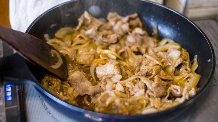 【平野レミの早わざレシピ】バカのアホ炒めの作り方。牛肉とニンニクのスタミナ料理(1月13日)