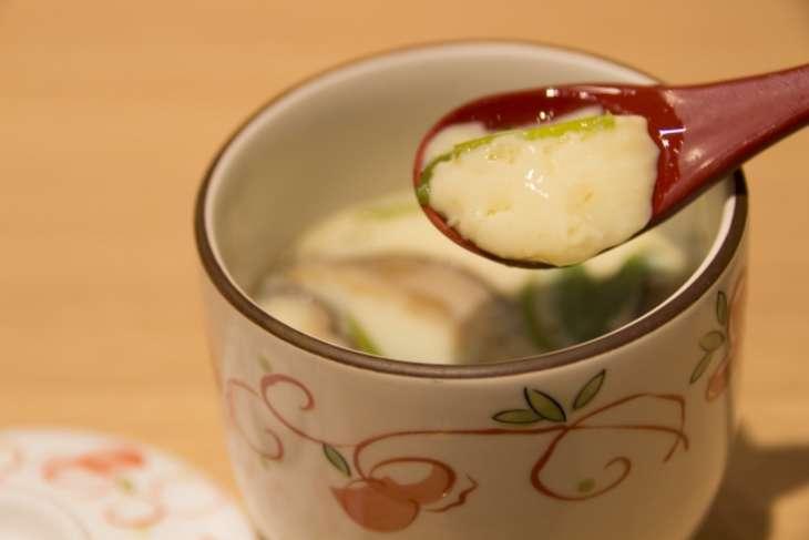 にじいろジーン小松菜の茶碗蒸し