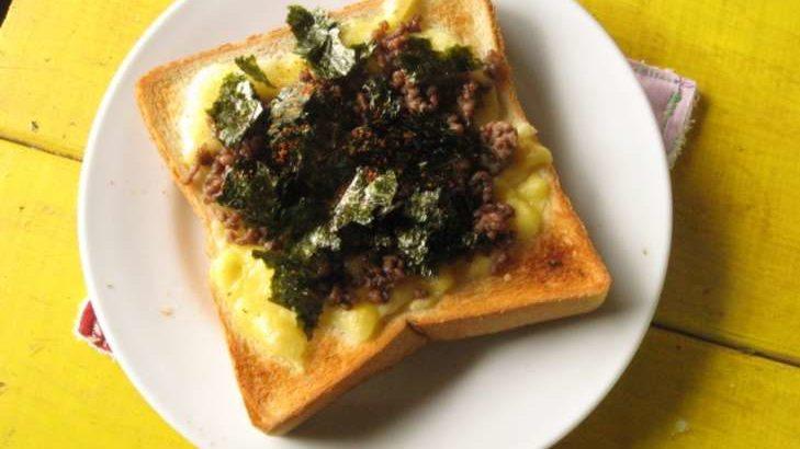 【教えてもらう前と後】海苔カニカマトーストの作り方。のりを使ったアレンジレシピ(3月10日)