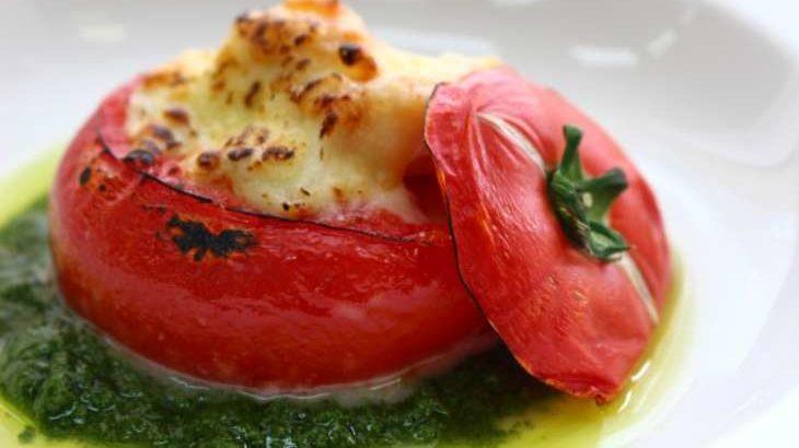 【相葉マナブ】トマトのまるごとグラタンのレシピ。日野樽トマトで旬の産地ごはん(5月30日)