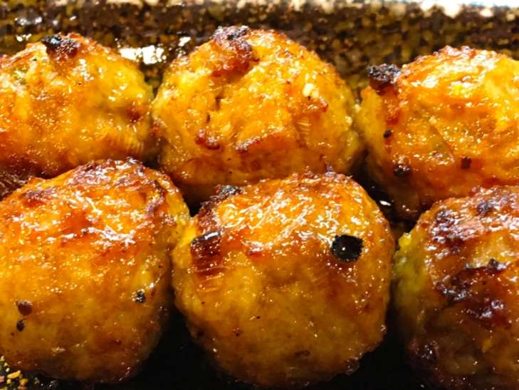 黄身とろろの鶏つみれのすき焼き