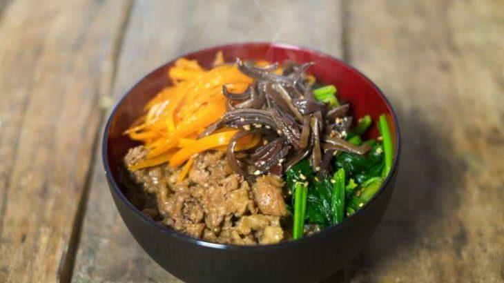 【王様のブランチ】チャプチェ丼の作り方。しらたきでヘルシーに!篠田真帆さんの5分どんぶりレシピ(5月30日)