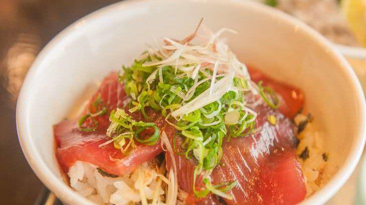 【男子ごはん】漬け刺身のっけTKGの作り方。栗原心平さんのぶっかけ飯レシピ(8月9日)