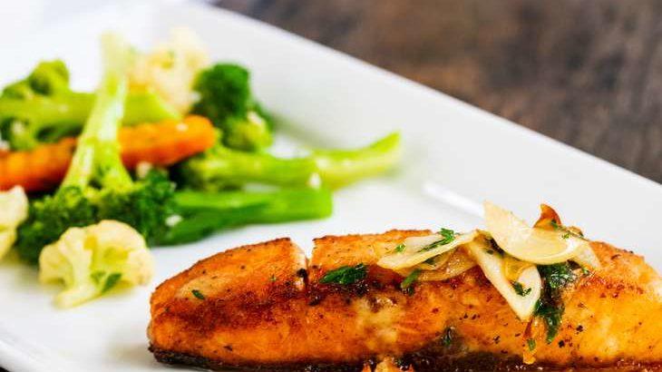 【あさイチ】サーモンのクリスピースキンムニエルのレシピ。マシュークラブさん直伝バターのソースで。 2月1日