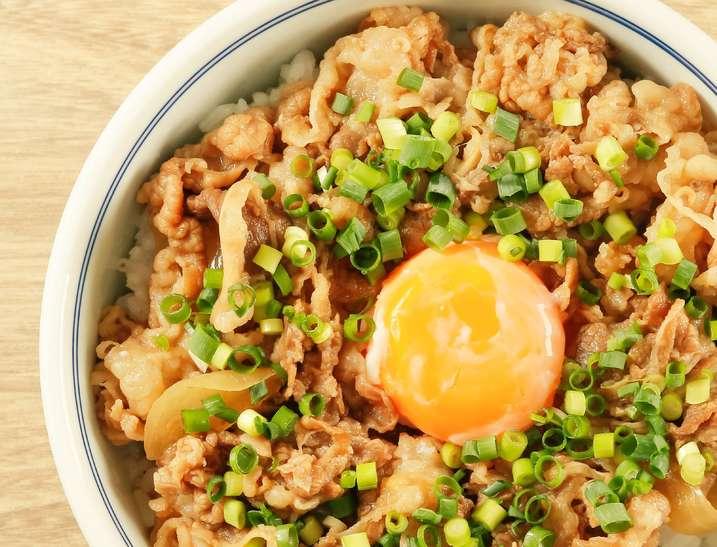 ギャル曽根プチッと鍋牛丼