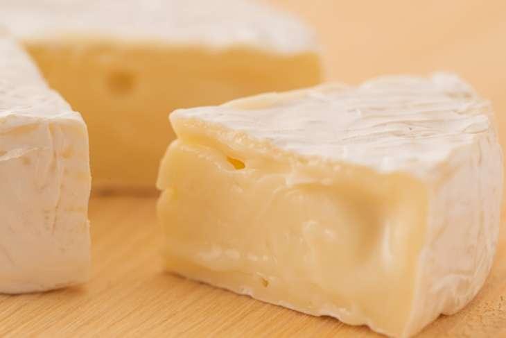 ごごナマカマンベールチーズのサラダ