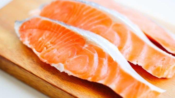 【ソレダメ】鮭のアレンジ料理レシピまとめ。リュウジさんや和田明日香さんの絶品さけレシピ 11月4日