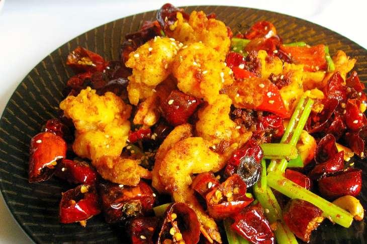 あさイチ揚げ鶏の唐辛子炒め