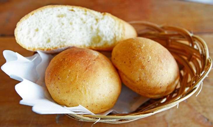 土曜はなにする魔法のパン