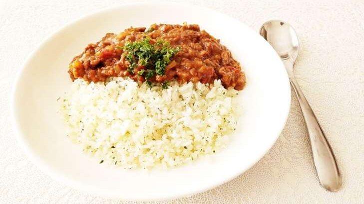 【ヒルナンデス】長ネギチキンカレーのレシピ。現役東大院生カリー子さんのグレイビーで作る本格スパイスカレー!1月28日
