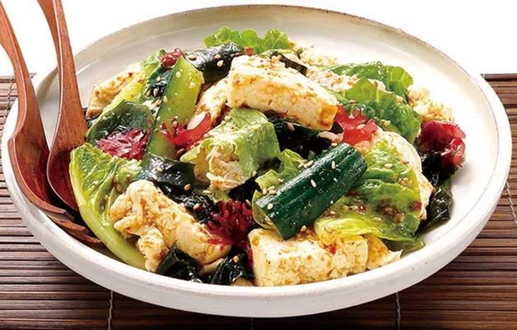 蒸し鶏と豆腐のチョレギサラダ