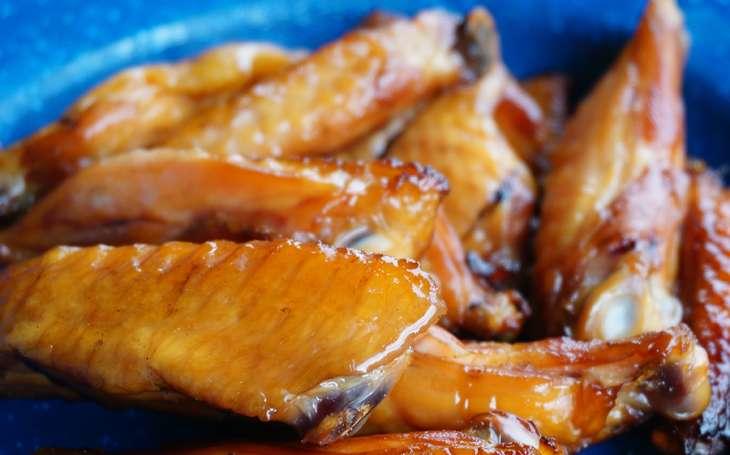 ノンストップ鶏手羽と里芋の味噌煮込み